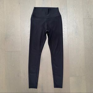 Alo Yoga High-Waist Leggings in Black